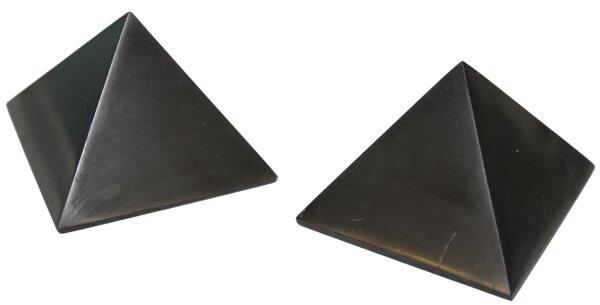 Pyramide Schungit 5 cm x 5 cm