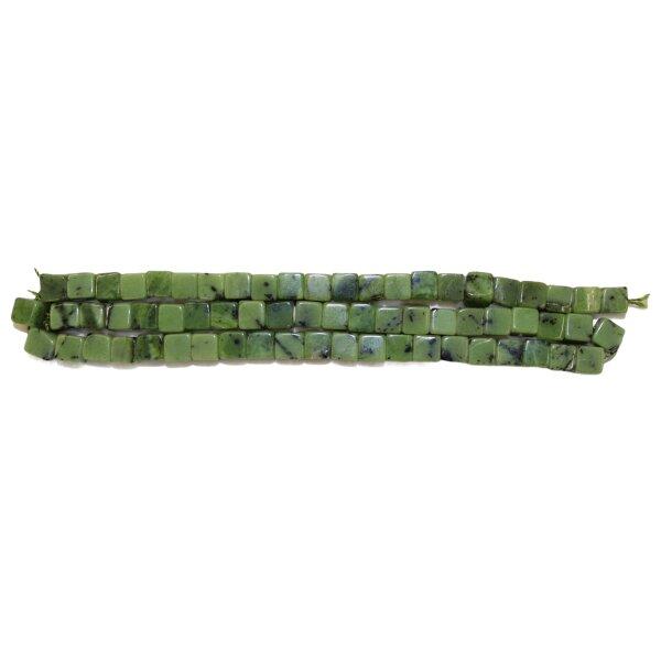 Strang Jade grün Würfel 6 mm, 40 cm
