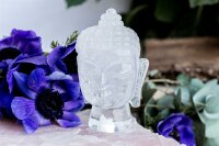 Gravur Buddha Kopf aus Bergkristall