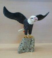 Adler groß auf Pyrit Sockel, netto
